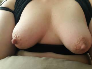 I love the wife\'s nipples love sucking on them