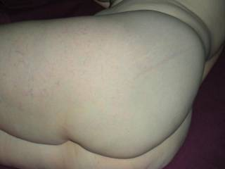 I would love to lick your ass,very hot!!!!!!!!