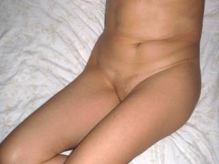 posing before wide open my legs!!! like my tits and nipples?  any ideas??