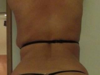 Love your big beautiful ass. That thong on it gets me rock hard. Mmmmm
