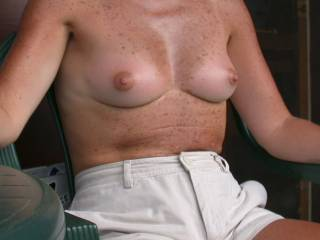 beautiful,tight,sexy tits....!!! so sexy,hot nipples,for sucking....mmmm......