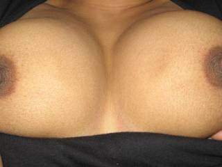 Very nice tits, would love to lick on them....
