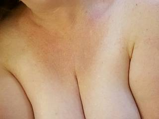 Like what you see?  I\'d love to feel a hard cock pulsing between my heavy milk filled tits!  💋💋💋