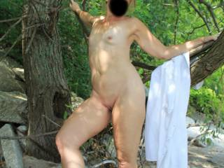 A special thanks to barrynpeach, for your compliments and admiration of our outdoor pics. Gotta love getting in nature.