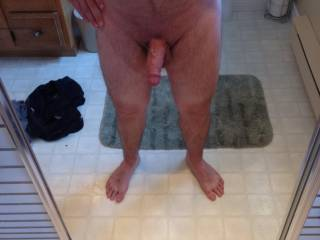 Hot hairy body, great cock and sexy feet