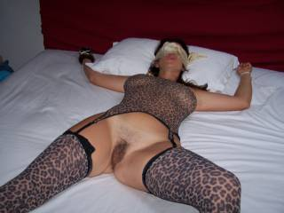nice outfit, sexily tied and hot pussy on show - what could be better!