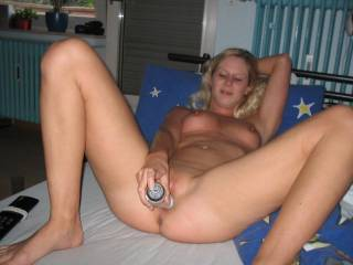 mmmmmmmmmmm love seeing you work that toy!  Just wish I could have heard you cum!!