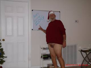 Hope all Zoiggers have a really happy and horny holiday and that the New Year will bring lots of hot hookups for everyone and a sweet horny help for this old Santa.  Any helpers out there?