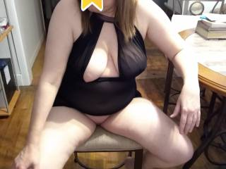 Mrs. Truck 89 got so new lingerie and gave me a show before we enjoyed each other, She really enjoyed posing and wants everyone to enjoy and send her hot comments and stories. She promises more to come if she gets really great comments and stories.