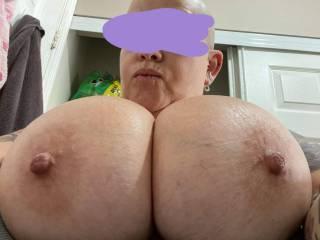 Imagine tit fucking these tits. 🍆🍆