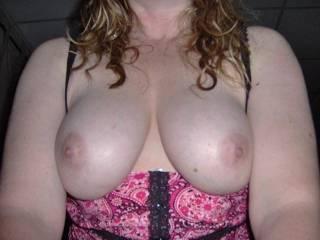 Those big beautiful tits, I see why !!!