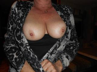 WOW! You have amazing tits! I'd cum all over those for you anytime you want!