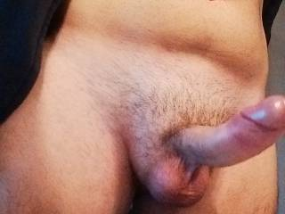 Who wanna play with a chubby guy and his italian cock?!