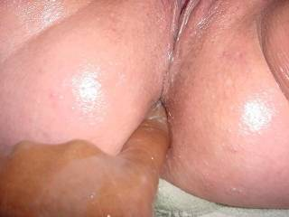 luv to tongue fuck that gorgeous ass