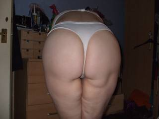 Met up with a couple and swopped panties, so here\'s me wearing her used dirty stained knickers, you like girls wearing another girls dirty knickers?