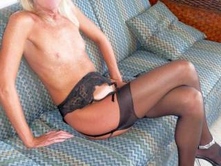 love to be the one that could make that happen....long lovely legs open wide for me....dream come true