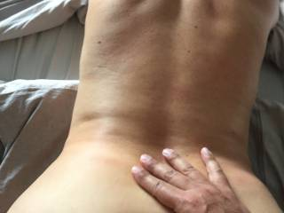 me doggy while hubby fuck me hard, like how look my back while i'm cumming ?