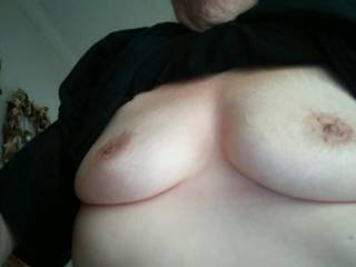Another picture of my girlfriend\'s chest