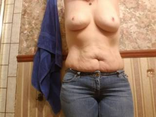 I love to have my nipples sucked. Anyone want to give me pleasure?