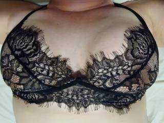 Lace makes me feel so naughty 😈