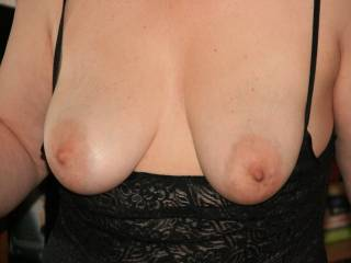 I love showing off my tits, do you like them so I show more of them?