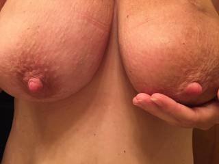 I'd love to suck those Nipples and then cover them with some Hot Cum