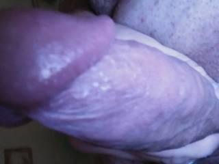 I love milfs I want that penis head inside of you soft dick