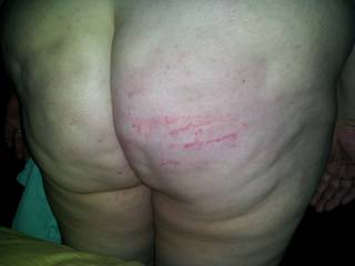 Love to spank her lovely ass!