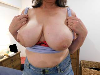 Hubby really loves it when I flash my tits