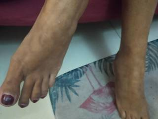 Who would like to lock my wife\'s feet?