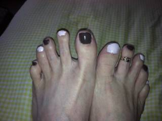 I hope you'd be up for a good foot licking and toe sucking . . . and then some raunchy, squelchy sex!