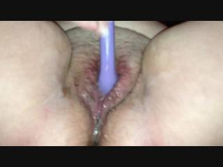 What a hot wet and tasty pussy, love to be licking those sweet lips and sucking on her clit   ;-)