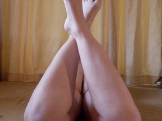 can you spunk all over my feet?