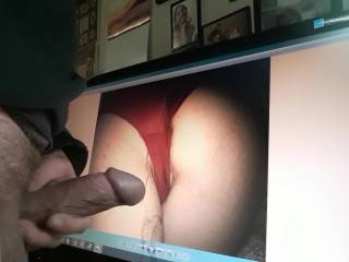 this shy woman thinks she doesn\'t have a beautiful butt?!?