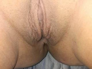 Fat bald juicy tight pussy waiting to b filled with a big fat cock