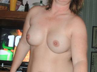such a cute and sexy lady!  I want to fuck you.  I want to hear you moan as you cum!
