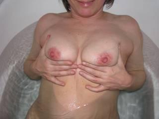 beautiful lady with beautiful lil body
