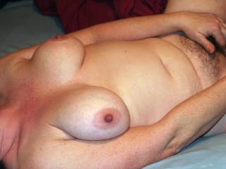 Sexy view , love to help the mrs out with that fun , sucking on those nipples and sliding my cock in that lovely pussy