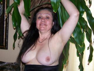YOU ARE VERY PRETTY. THANKYOU FOR YOUR PHOTOS. I WOULD LOVE TO SPUNK YOUR TITTIES.