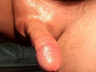 wow! perfect cock,beautifully shaved and so smooth, yum yum