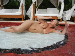 That is a crazy hot pose.  Love it!