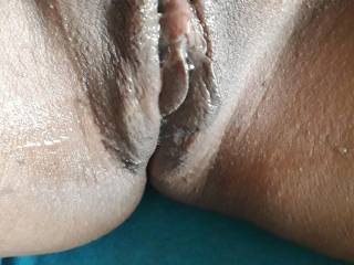 My pussy lips only come out when I'm really horny. Do they look good?