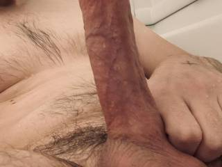 I like a sexy body riding me in the shower