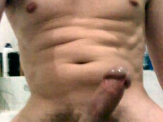 Very nice cock there man, love that big bulging cock head! MMMMM! Would like to taste it!