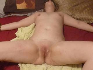 Sexy! Would love to lick/suck your beautiful pussy until your lips are swollen and your clit is throbbing in pleasure!