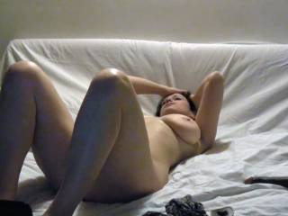 Resting without mask after a guy shot his load watching me on cam
