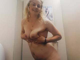 I love cum and to cum...and volunteers to help me with this?..