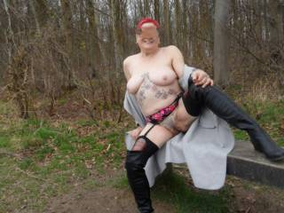 hi all I do love taking my clothes off when I am over the parks dirty comments welcome mature couple