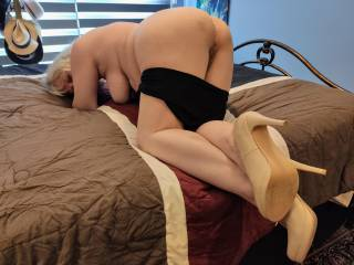 Mount me. Stuff me. Give me your hard, throbbing cock as Hubby is made to watch our enjoyment.