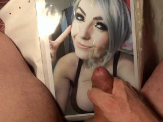 I Want Cover babiibrooketine Wit My Cum (TRiBuTE) (HD) .......... ..... ...... another sexy woman?